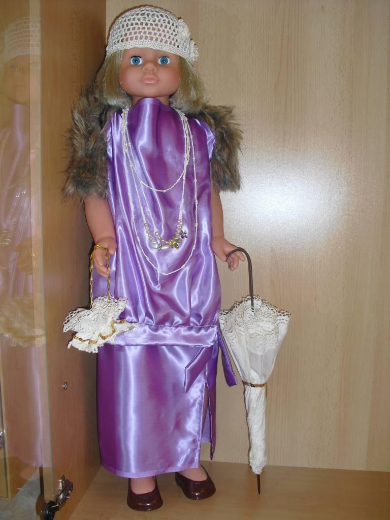secesní panenka