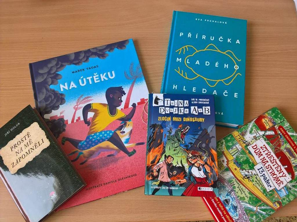 IMG-20180307-Knihy